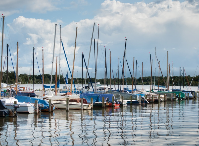 boats-sailboats-harbor-harbour